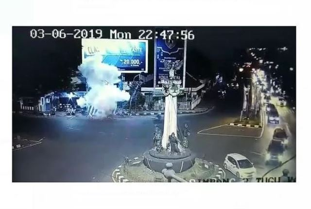 https: img-o.okeinfo.net content 2019 06 06 337 2064202 serangan-bom-pospam-kartosuro-spirit-keagamaan-pelaku-tinggi-tapi-ilmu-tak-memadai-o72Sul3H3s.JPG