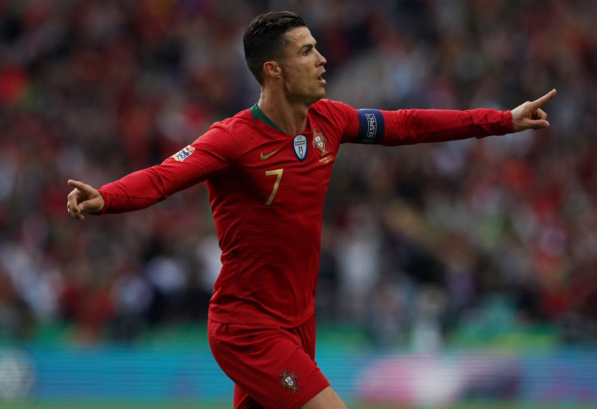 https: img-o.okeinfo.net content 2019 06 06 51 2064127 sebelum-ronaldo-cetak-gol-kemenangan-pelatih-timnas-portugal-sempat-cemas-1phvxE4XvJ.jpg