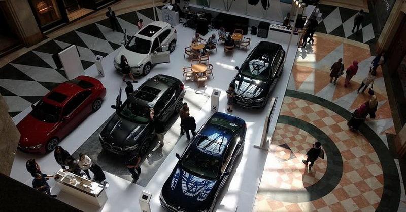 https: img-o.okeinfo.net content 2019 06 08 15 2064606 bmw-jaguar-land-rover-ungkap-alasan-kerjasama-kembangkan-mobil-listrik-NeqHn6nn3C.jpg