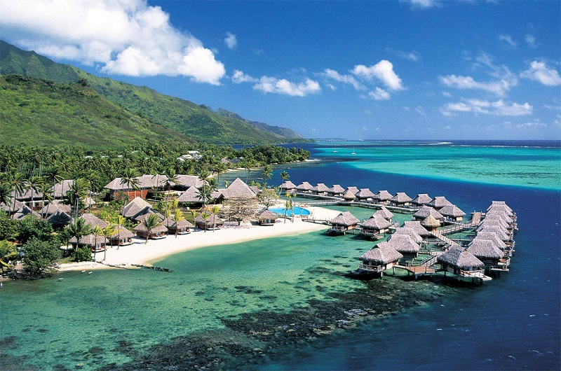 https: img-o.okeinfo.net content 2019 06 10 615 2064943 akhirnya-lombok-raih-predikat-destinasi-wisata-halal-terbaik-dunia-ejTKgIgrks.jpg