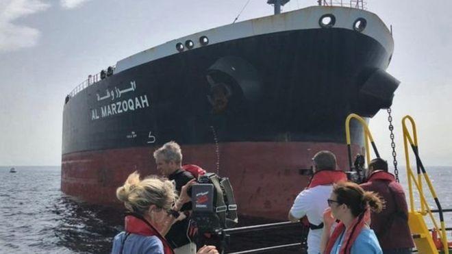 https: img-o.okeinfo.net content 2019 06 13 18 2066074 diduga-diserang-dua-kapal-tanker-alami-ledakan-di-teluk-oman-eSAJmH3KxX.jpg
