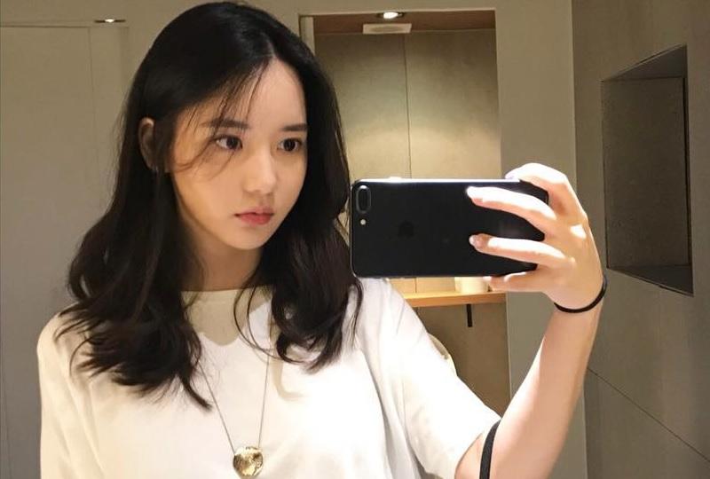 https: img-o.okeinfo.net content 2019 06 15 33 2066777 jadi-kurir-narkoba-intip-penampilan-seksi-han-seo-hee-F5LCEORtbL.jpg
