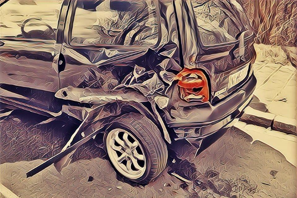 https: img-o.okeinfo.net content 2019 06 17 525 2067222 kecelakaan-beruntun-di-tol-cipali-diduga-akibat-sopir-bus-mengantuk-P02x1cCCko.jpg