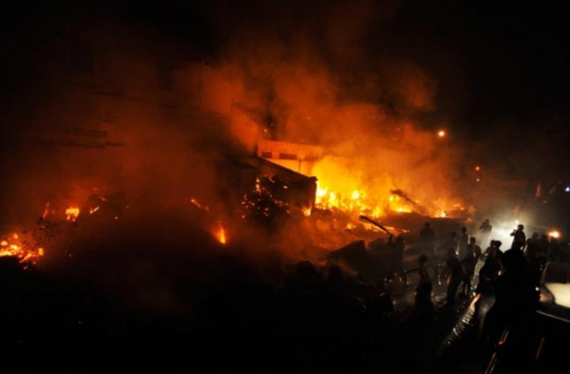 https: img-o.okeinfo.net content 2019 06 23 608 2069765 mabes-polri-kirim-ahli-forensik-bantu-identifikasi-korban-kebakaran-pabrik-korek-api-9wUIrKuAl3.jpg