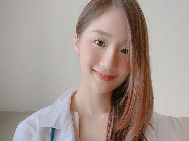 https: img-o.okeinfo.net content 2019 06 28 481 2072304 hari-pertama-kerja-dokter-cantik-ini-angkat-tokek-dari-telinga-pasien-Rf6XxryrqY.jpg