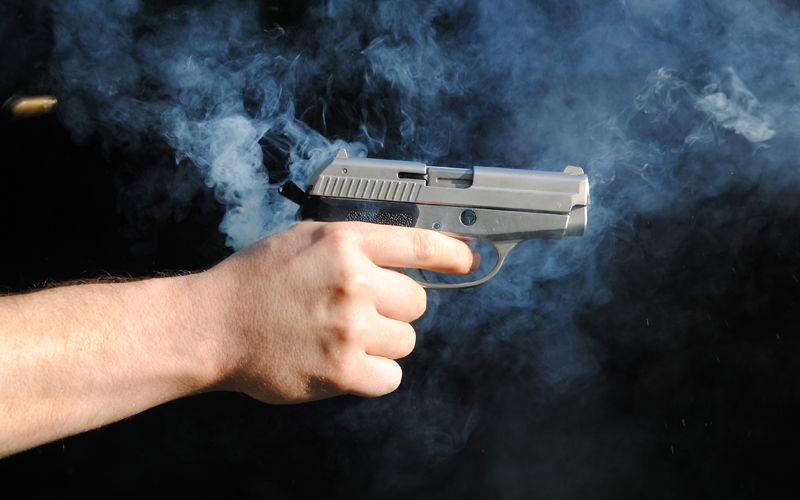 https: img-o.okeinfo.net content 2019 07 04 340 2074450 tembak-warga-hingga-tewas-polisi-di-papua-terancam-dipecat-CFerc5CIeC.jpg