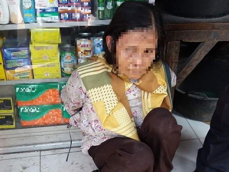 https: img-o.okeinfo.net content 2019 07 05 525 2075058 viral-wajah-sedih-ibu-ibu-terduga-pencuri-beras-tuai-belas-kasih-warganet-FpJaiObsSr.jpg