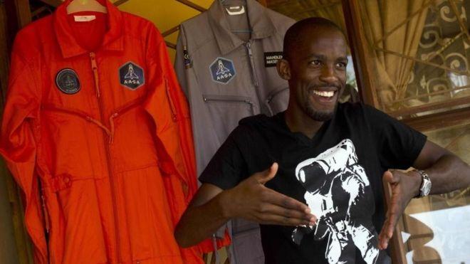 https: img-o.okeinfo.net content 2019 07 08 18 2075955 calon-astronot-kulit-hitam-pertama-afrika-tewas-dalam-kecelakaan-motor-omDrEyX58i.jpg
