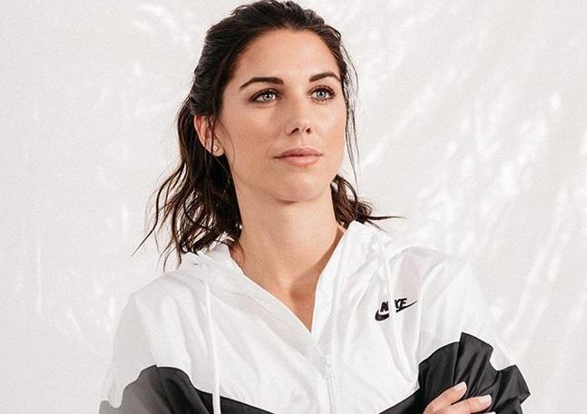 https: img-o.okeinfo.net content 2019 07 08 194 2076160 intip-5-potret-cantik-alex-morgan-peraih-silver-boot-di-piala-dunia-wanita-2019-bewH5ogsCA.jpg