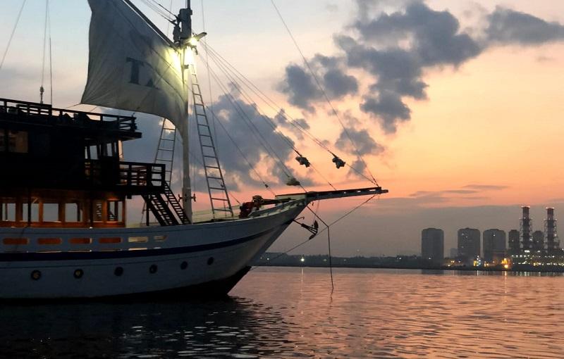 https: img-o.okeinfo.net content 2019 07 08 406 2076114 mnc-travel-dan-jakarta-phinisi-luncurkan-paket-berlayar-menarik-untuk-milenial-traveler-imgZzgBLK1.jpeg