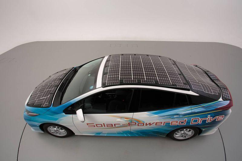 https: img-o.okeinfo.net content 2019 07 09 52 2076552 solar-panel-jadi-solusi-pengisian-mobil-listrik-ini-penjelasannya-H0ikTBI4JJ.jpg