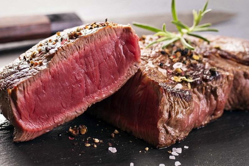 https: img-o.okeinfo.net content 2019 07 10 298 2077306 bolehkah-konsumsi-steak-setiap-hari-ini-penjelasannya-U4AJpKfzII.jpg