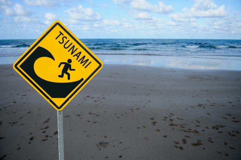https: img-o.okeinfo.net content 2019 07 10 337 2077224 bmkg-sebut-tsunami-pernah-terjadi-di-selatan-jawa-ratusan-tahun-lalu-XM6H42iXpl.jpg