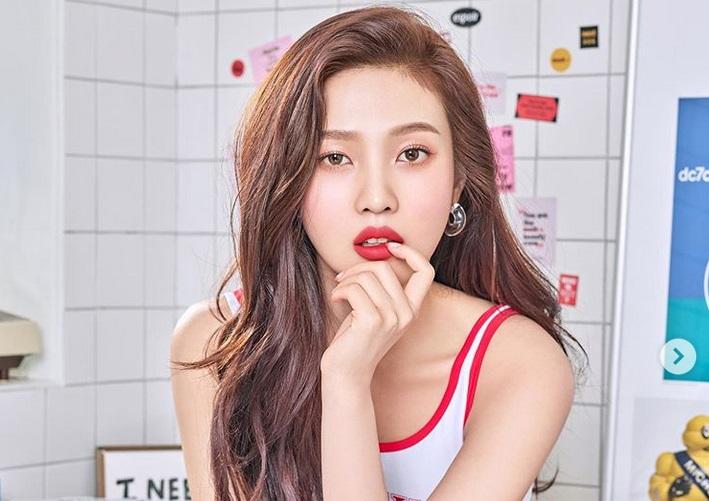 https: img-o.okeinfo.net content 2019 07 11 194 2077633 5-bintang-k-pop-modis-dengan-rambut-warna-milk-tea-yang-lagi-ngetren-OoRV18fd0Q.jpg