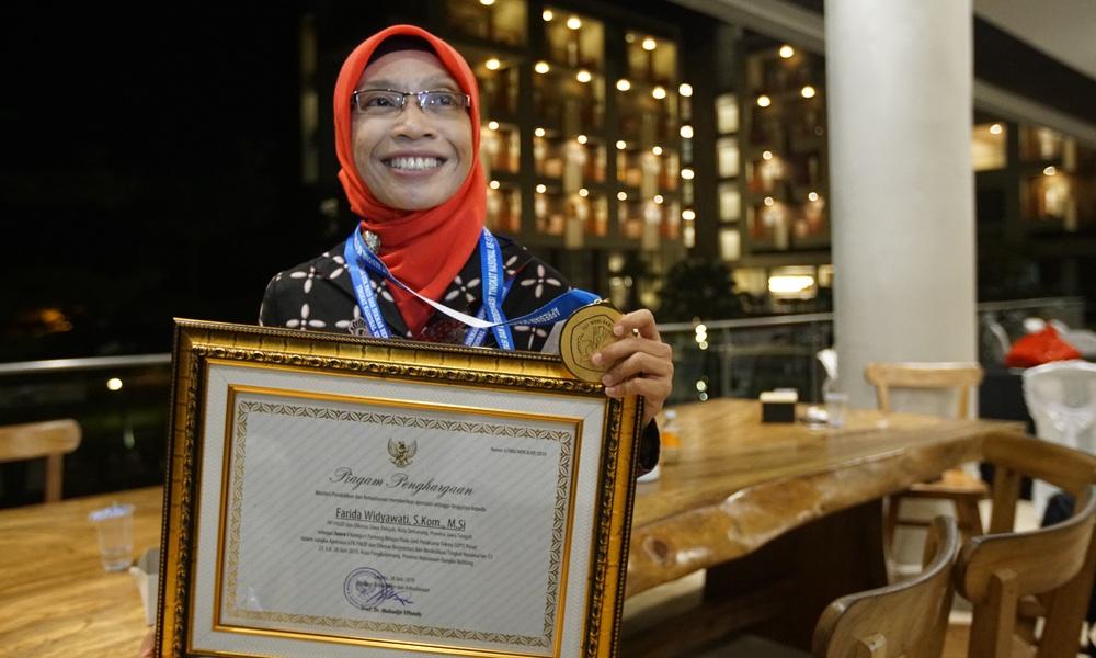 https: img-o.okeinfo.net content 2019 07 11 65 2077529 sipendi-warnai-teknologi-pendidikan-indonesia-di-tengah-revolusi-industri-dVmdBeE1pk.jpg