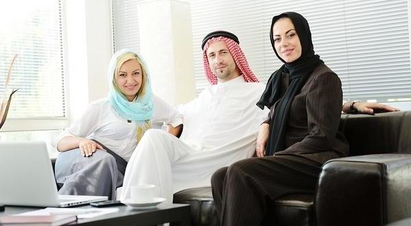 https: img-o.okeinfo.net content 2019 07 14 614 2078819 syarat-poligami-dalam-islam-sungguh-berat-sekali-masih-mau-coba-oNlaipwdcZ.jpg