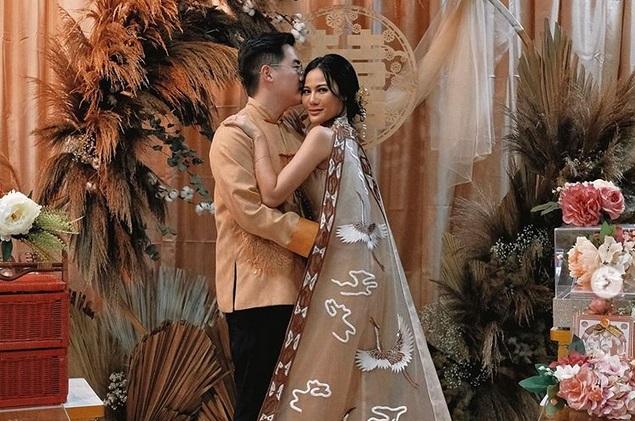 https: img-o.okeinfo.net content 2019 07 22 194 2081859 jelang-pernikahan-selebgram-vinna-gracia-laksanakan-tradisi-ini-KS04RE3rYA.jpg
