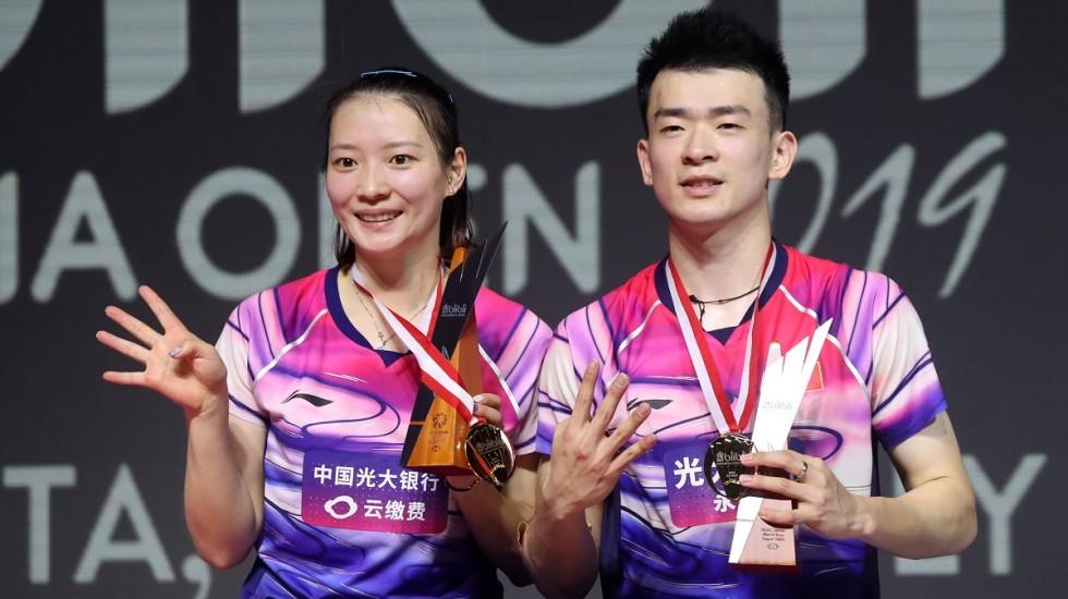 https: img-o.okeinfo.net content 2019 07 22 40 2081824 kebanggaan-ganda-campuran-china-raih-gelar-juara-di-indonesia-open-2019-Ybj37QKtfb.jpg