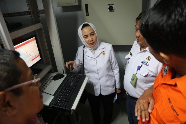 https: img-o.okeinfo.net content 2019 07 23 337 2082517 bmkg-suhu-indonesia-naik-0-5-derajat-celcius-curah-hujan-meningkat-40-pada-2030-4uGRzuqn9B.jpeg