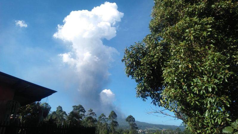 https: img-o.okeinfo.net content 2019 07 27 525 2084450 bmkg-tegaskan-erupsi-tangkuban-parahu-tak-memicu-aktivitas-sesar-lembang-HXMoVpR76d.jpg