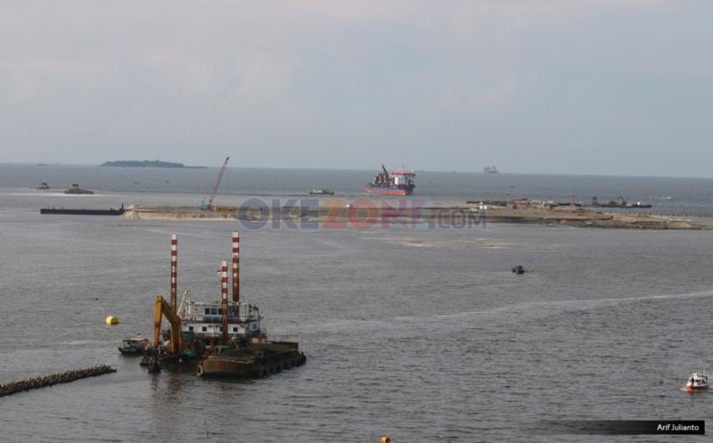 https: img-o.okeinfo.net content 2019 07 29 338 2084913 pencemaran-minyak-di-pantai-karawang-meluas-ke-kepulauan-seribu-jakarta-spLoaGI0Hn.jpg