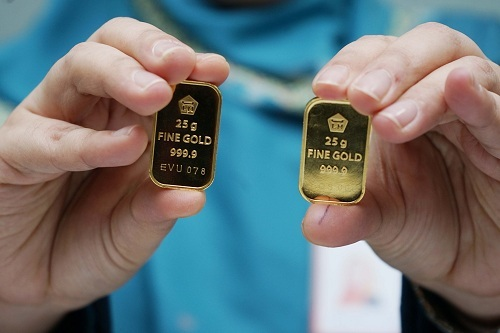 https: img-o.okeinfo.net content 2019 07 30 320 2085277 harga-emas-antam-naik-lagi-jadi-rp707-000-per-gram-3rc5L3p9Yr.jpg