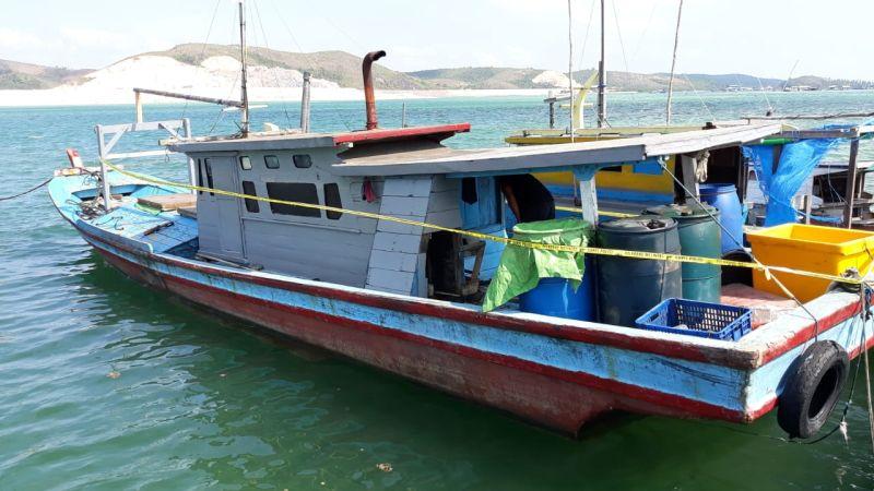 https: img-o.okeinfo.net content 2019 07 31 340 2085893 tangkap-ikan-pakai-bom-rakitan-4-nelayan-asal-kalbar-ditangkap-Nj0M9HROtb.jpg