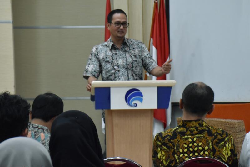 https: img-o.okeinfo.net content 2019 08 01 207 2086278 18-karya-terbaik-produk-teknologi-informasi-dan-komunikasi-wakili-indonesia-di-asean-ict-awards-2019-bycc0cxuhm.jpg