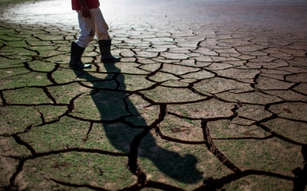 https: img-o.okeinfo.net content 2019 08 06 525 2088507 20-kabupaten-kota-di-jabar-kekeringan-20-621-hektare-lahan-pertanian-terdampak-eBwROVpddP.jpg