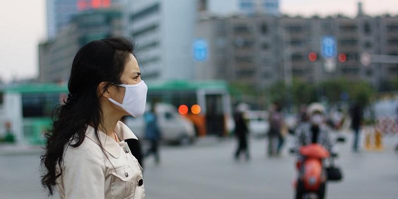 https: img-o.okeinfo.net content 2019 08 08 481 2089455 waspada-dampak-polusi-udara-jakarta-ini-tips-jaga-kesehatan-paru-gSdRjB8hW2.jpg