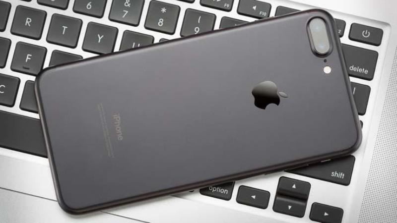 https: img-o.okeinfo.net content 2019 08 09 57 2090013 apple-sediakan-usd1-juta-untuk-penemu-kecacatan-iphone-bNyMN1wURo.jpg
