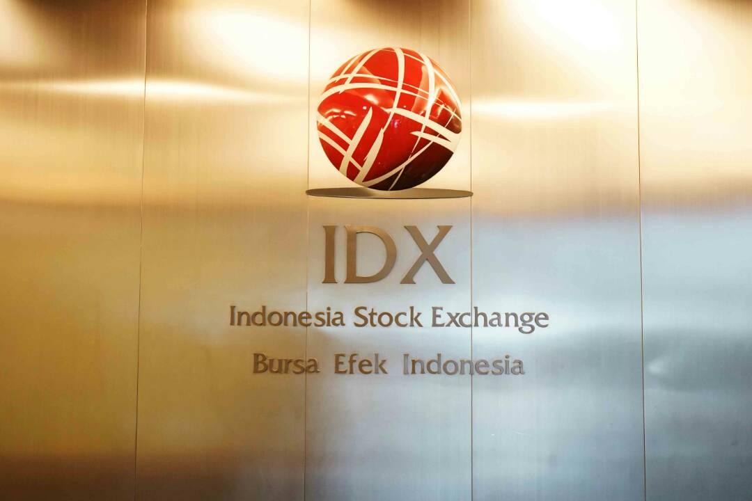 https: img-o.okeinfo.net content 2019 08 12 278 2090818 ini-perjalanan-42-tahun-pasar-modal-indonesia-semen-cibinong-jadi-emiten-pertama-YrXnXYS9SE.jpg