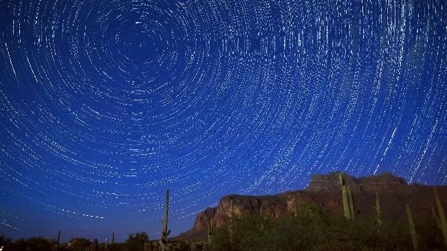 https: img-o.okeinfo.net content 2019 08 13 56 2091269 perhatikan-ini-untuk-bisa-melihat-hujan-meteor-perseid-18KL83bZUN.jpg
