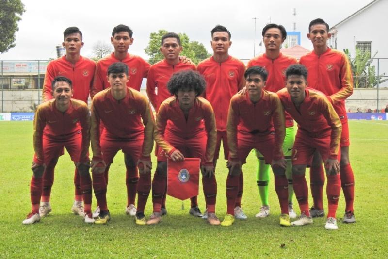 https: img-o.okeinfo.net content 2019 08 14 51 2091890 timnas-indonesia-u-18-bermain-imbang-1-1-dengan-myanmar-C5pkjXL9H2.jpeg