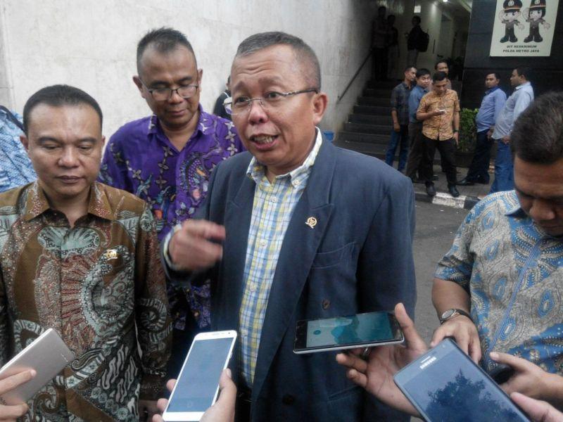 https: img-o.okeinfo.net content 2019 08 16 605 2092737 ppp-bakal-fasilitasi-konsep-pembangunan-indonesia-ala-prabowo-ke-jokowi-NuHEFYyZHe.jpg