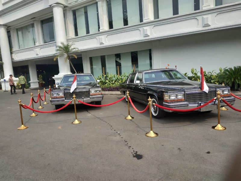 https: img-o.okeinfo.net content 2019 08 17 52 2093134 intip-spesifikasi-mobil-mantan-presiden-ri-yang-dipamerkan-di-istana-BSULLjuYFF.jpg