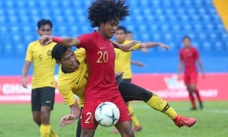 https: img-o.okeinfo.net content 2019 08 18 51 2093389 timnas-indonesia-u-18-kalah-dramatis-fakhri-inilah-sepakbola-GvbZSKr34X.jpg