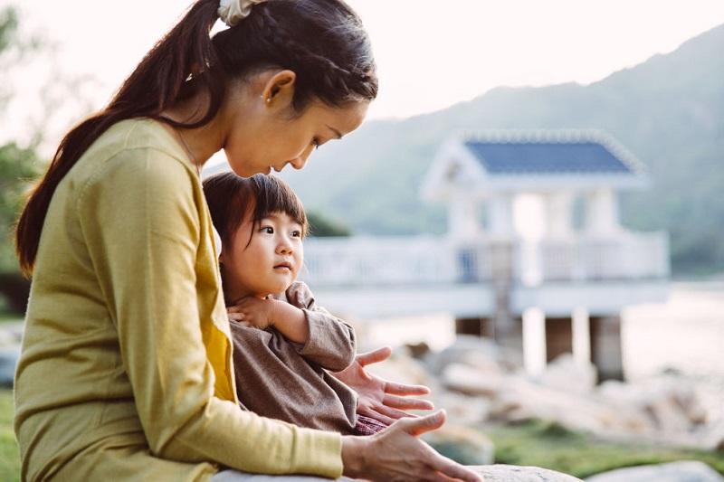 https: img-o.okeinfo.net content 2019 08 19 196 2094014 sdm-berkualitas-lahir-dari-ibu-sehat-fisik-mental-dan-sosial-xf188iAQ1q.jpg