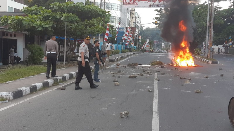 https: img-o.okeinfo.net content 2019 08 19 340 2093705 kerusuhan-di-papua-barat-dipicu-video-provokasi-di-medsos-unK3YdOvfN.jpg