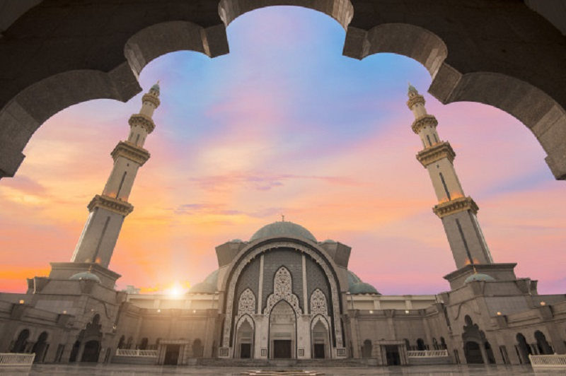 https: img-o.okeinfo.net content 2019 08 19 614 2093964 islam-di-indonesia-jadi-rujukan-di-berbagai-belahan-dunia-ZNDesBnQkt.jpg