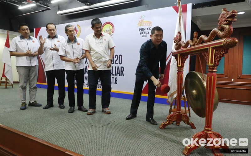 https: img-o.okeinfo.net content 2019 08 21 43 2094720 hary-tanoe-resmi-buka-pra-pon-xx-papua-2020-cabor-biliar-kxmoxJ62bk.jpeg