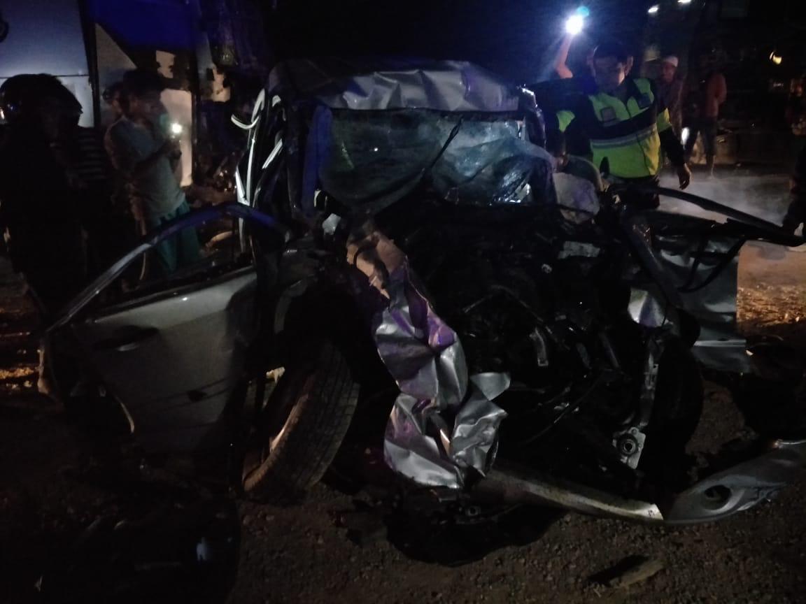 https: img-o.okeinfo.net content 2019 08 22 340 2095385 leonardo-dicaprio-tewas-usai-terlibat-kecelakaan-beruntun-di-riau-GXRH3xkwYQ.jpg