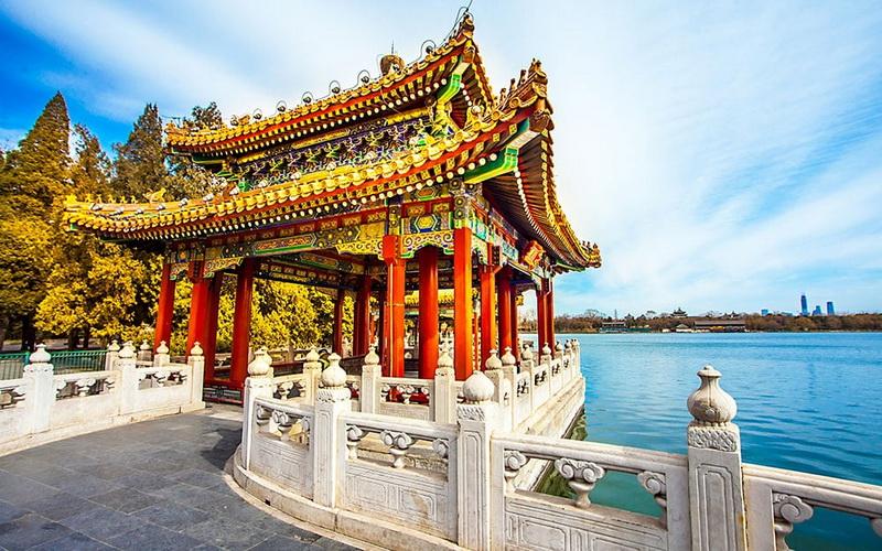 https: img-o.okeinfo.net content 2019 08 25 406 2096499 7-oleh-oleh-khas-china-ini-wajib-dibeli-dari-negara-asalnya-LtdjlLC466.jpg