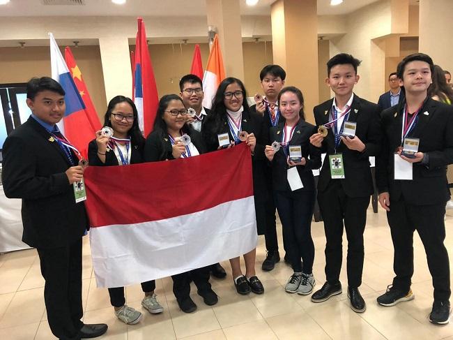 https: img-o.okeinfo.net content 2019 08 27 56 2097141 pelajar-indonesia-raih-tujuh-medali-untuk-lomba-riset-di-icyss-2019-Mz69xQWsUF.jpeg