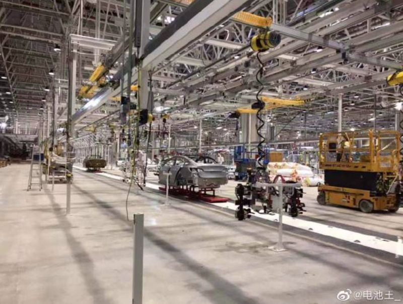https: img-o.okeinfo.net content 2019 08 28 52 2097665 miliki-pabrik-baru-mobil-listrik-tesla-produksi-tiongkok-siap-mengaspal-DqZRGEDi2U.jpg