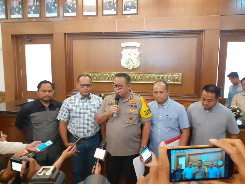 https: img-o.okeinfo.net content 2019 09 07 337 2101856 polisi-lacak-nomor-rekening-veronica-koman-di-indonesia-dan-luar-negeri-kPalV6yevu.jpg