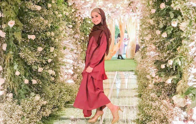 https: img-o.okeinfo.net content 2019 09 09 33 2102301 alhamdulillah-aktris-marcella-simon-menjadi-mualaf-9VC0Ilyc9r.JPG