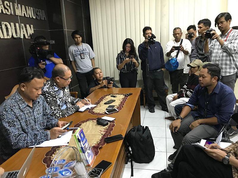 https: img-o.okeinfo.net content 2019 09 09 337 2102563 komnas-ham-pencabutan-paspor-veronica-koman-pelanggaran-hukum-Sctk4o6eTR.jpg