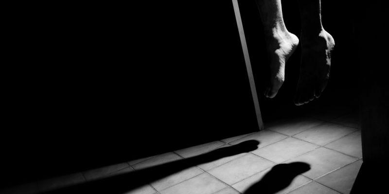 https: img-o.okeinfo.net content 2019 09 09 338 2102251 terlilit-utang-wanita-paruh-baya-ditemukan-tewas-gantung-diri-di-depok-mJlfvYbmBF.jpg