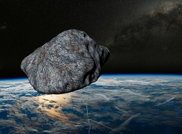 https: img-o.okeinfo.net content 2019 09 09 56 2102445 lebih-kuat-dibanding-bom-nuklir-asteroid-apophis-bakal-hantam-bumi-AYSc7jfxo0.jpg